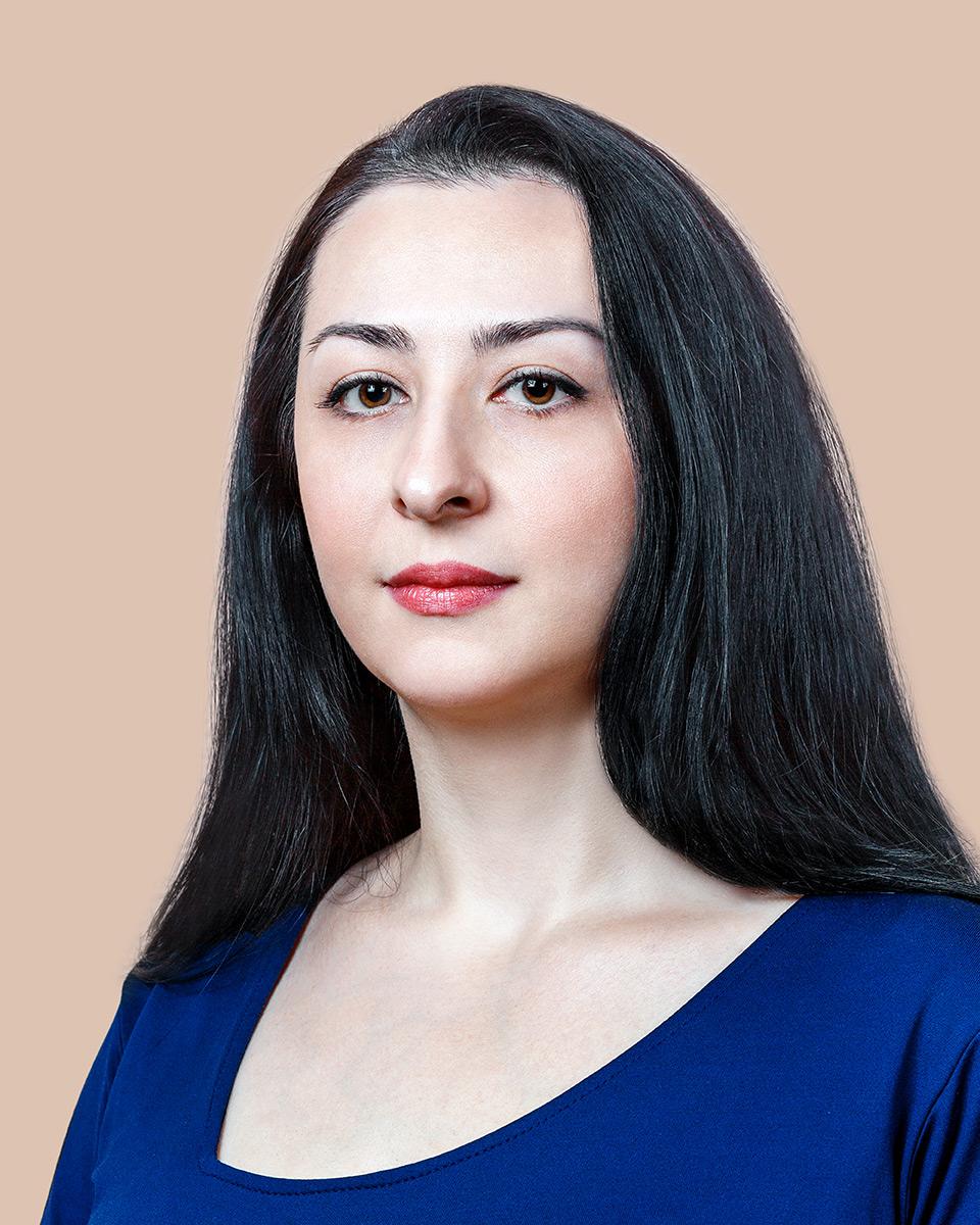 Айшат Давудова
